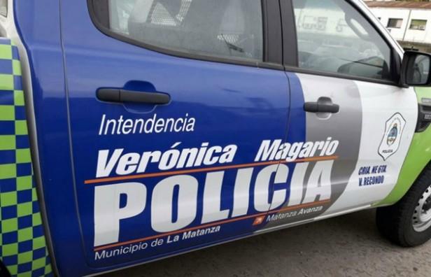 Una intendenta K ploteó 40 patrulleros con su nombre