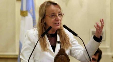 Alicia Kirchner dice que heredó una provincia quebrada