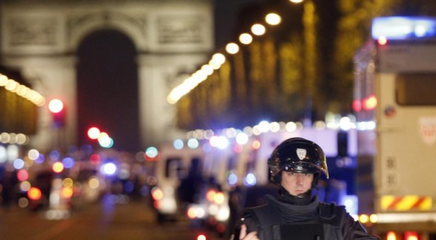 Confirman que el autor del ataque en París era francés