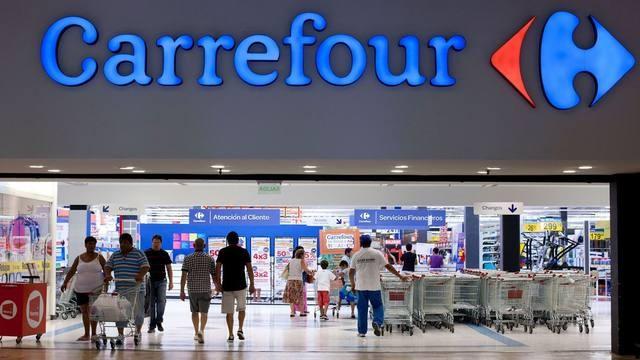 Acordaron retiros voluntarios, pero sin despidos en Carrefour