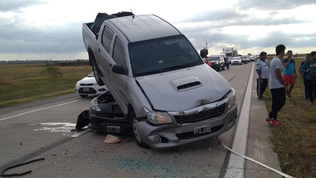 Tremendo accidente en la autopista Córdoba – Rosario