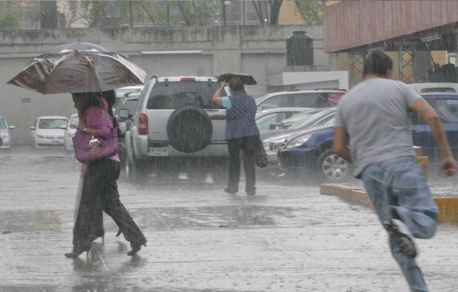 Pronostican calor y lluvias para el fin de semana