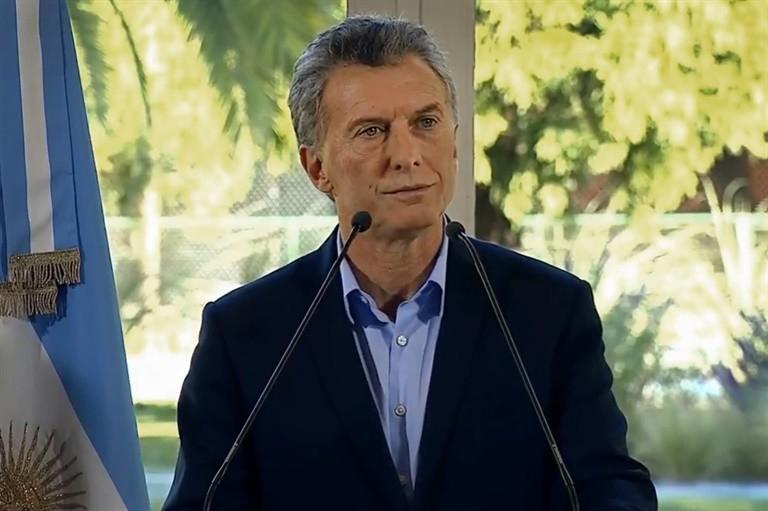 Macri vetaría una ley que congele tarifas, pero antes busca negociar con el PJ