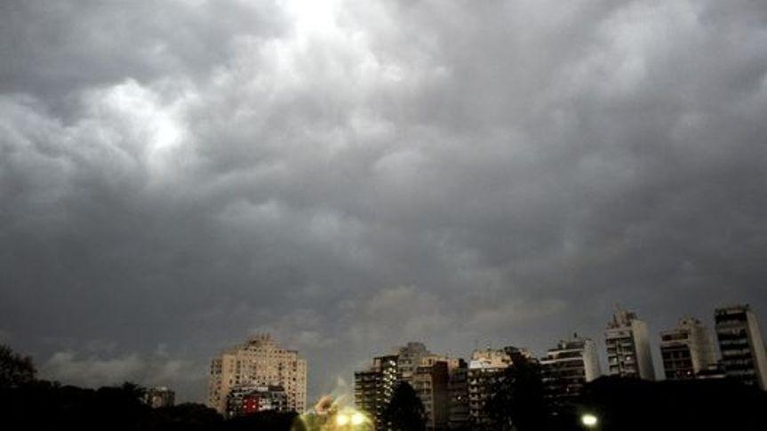 Reactivan alerta por tormentas fuertes