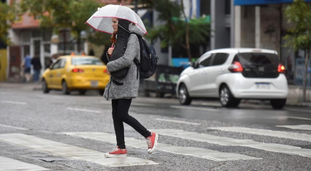 Martes de baja temperatura, húmedo e inestable
