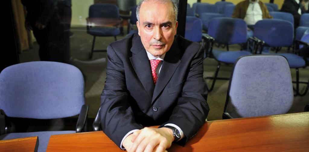 José López podría quedar libre. Fijan fianza de un millón de dólares