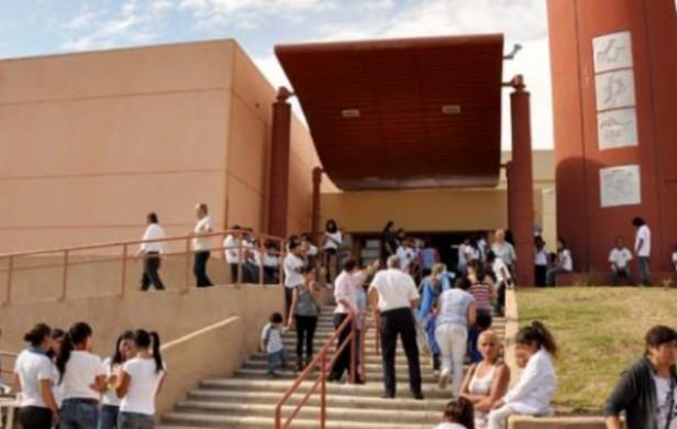 Reubicaron a la alumna que golpeó a otra en escuela de Córdoba