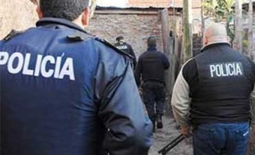 Conurbano Bonaerense. Operativo policial: 100 armas, drogas, autos y 20 detenidos