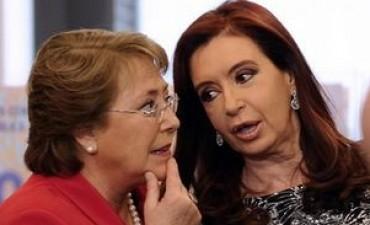 Cristina y Bachelet apuntan a duplicar pasos fronterizos para lograr más competitividad