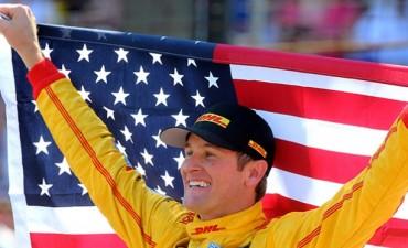 """Hunter-Reay gana la clásica """"500 Millas de Indianápolis"""""""