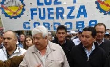 Si quieren nuestro voto, deroguen Ganancias, dice Luz y Fuerza