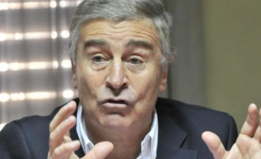Aguad prometió eliminar Ingresos Brutos a la industria