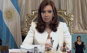 Denuncian penalmente a Cristina por el uso de la cadena nacional