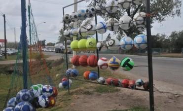 Quieren declarar a Bell Ville como la capital nacional de la pelota de fútbol