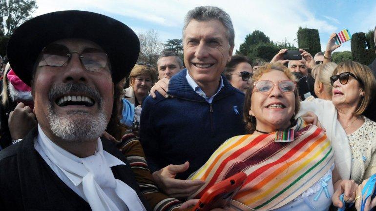 Macri recibió a organizaciones sociales y funcionarios con el locro del 25 de Mayo