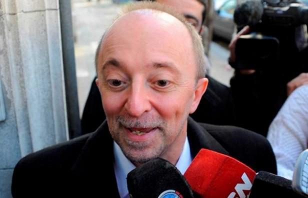 Encontraron al fiscal Cartasegna maniatado y golpeado en su despacho