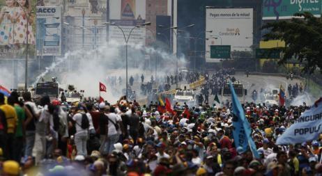 Un joven murió baleado durante una protesta y ya son 38 las víctimas fatales en Venezuela