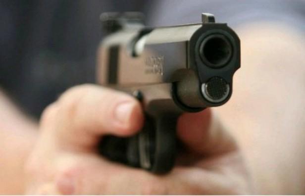 Asesinó a tiros al primo por las cargadas tras el clásico