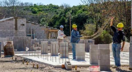 Los precios mayoristas subieron 0,5% en abril y el costo de la construcción 4,4%