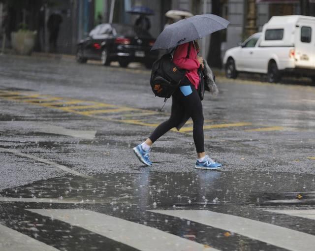 Alerta por tormentas fuertes para el centro y este del país