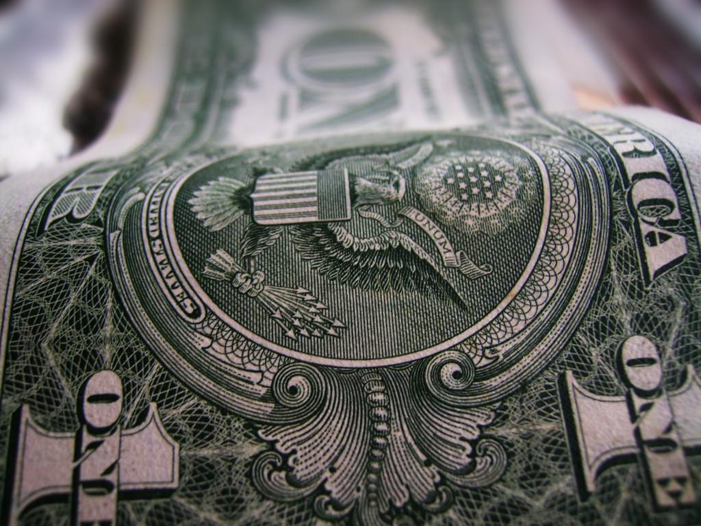 El Banco Central vendió US$ 1200 millones para evitar otra disparada del dólar