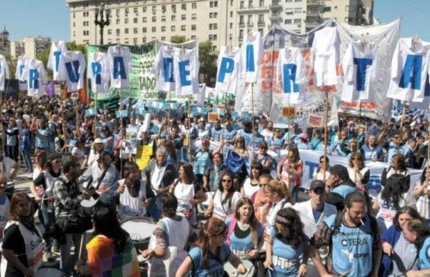 Organizaciones sociales y gremialistas empiezan hoy con su plan de marchas contra el Gobierno