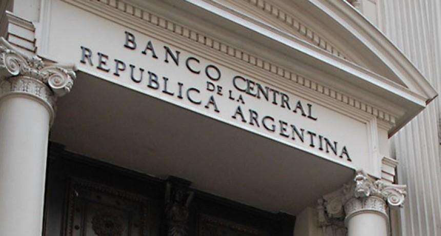 Desorden: en el Banco Central, un chofer gana casi lo mismo que un subgerente con máster en el extranjero