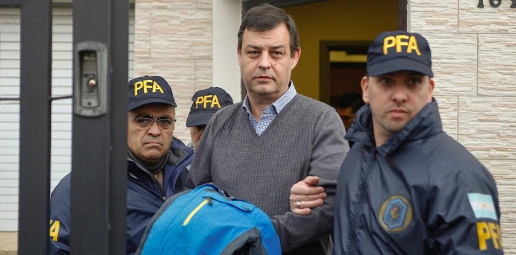 """""""Llevé valijas con U$S 2 millones a la casa de la madre de Néstor Kirchner"""", dijo Manzanares"""