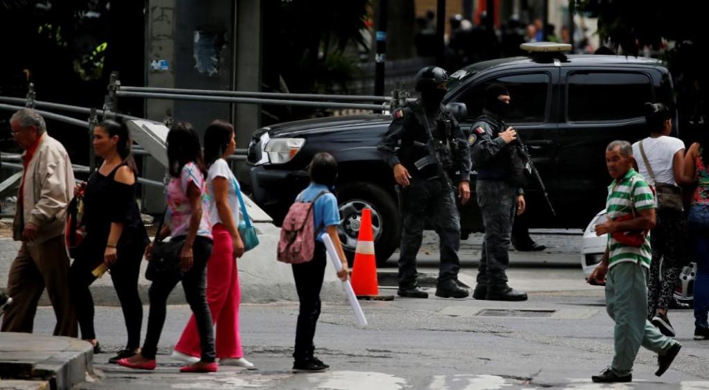 El chavismo y la oposición negocian en Noruega una eventual salida de Maduro