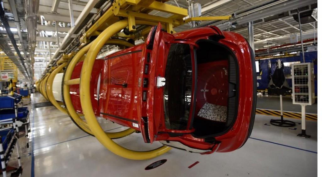 Los gigantes Fiat y Renault podrían fusionarse para formar un grupo automotor