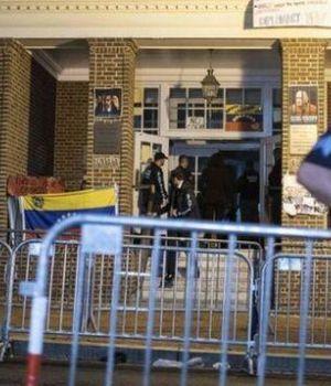 Estados Unidos desalojó la embajada de Venezuela en Washington