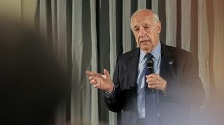 Lavagna anunció su alejamiento de Alternativa Federal y buscará la presidencia por su espacio