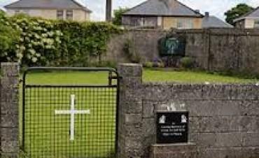 Escándalo en Irlanda por fosa con 796 restos de niños
