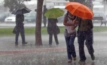 Rige alerta por fuertes tormentas para el centro y este de Córdoba