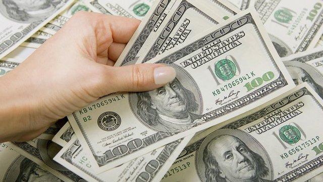 El dólar no está a $20 como vaticinó el kirchnerismo y cualquier persona puede comprarlo porque no hay cepo