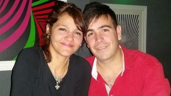 Un hombre murió apuñalado por su mujer a la cual ya había denunciado