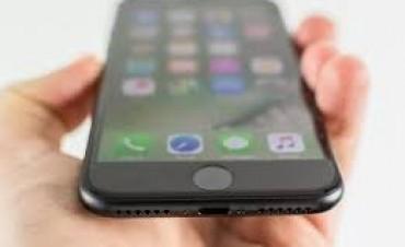 La Argentina sigue siendo uno de los países más caros de la región para comprar un celular