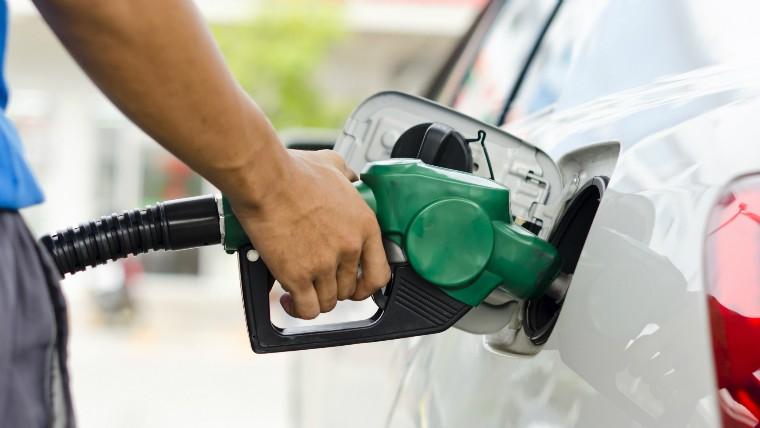 Analizan nueva suba de los precios del combustible
