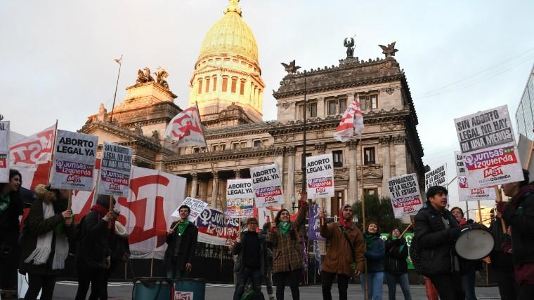 Fuerte operativo en el Congreso por las marchas del aborto
