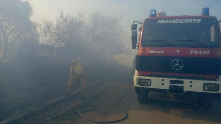 Incendio cerca de Carlos Paz consumió 12 hectáreas