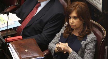 Sin Cristina en el banquillo, se reanuda el juicio por delitos con obras públicas