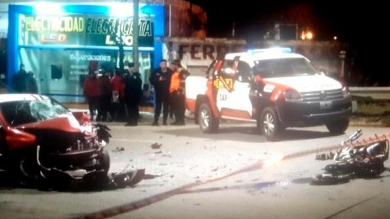 Fatal accidente en La Falda: murió un adolescente al chocar con su moto