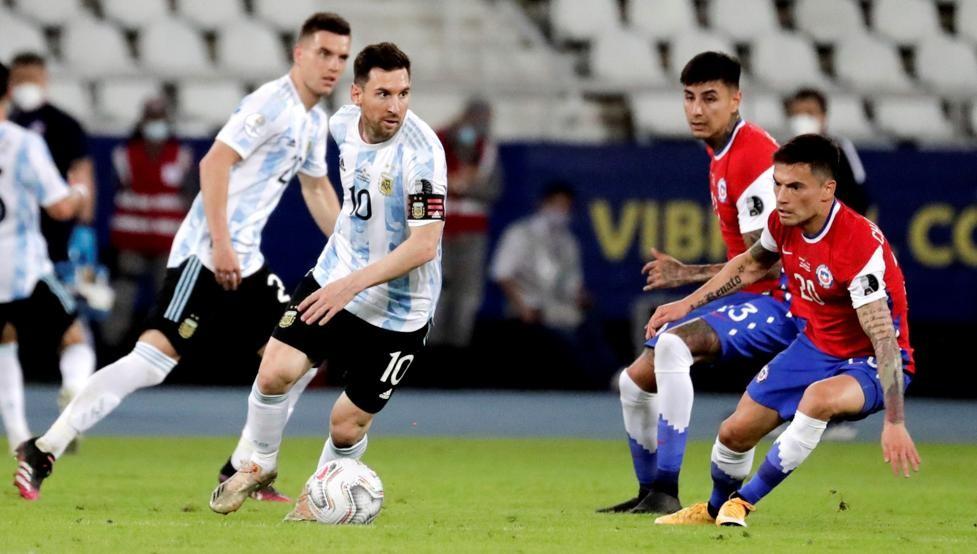 Con gol de Messi, Argentina igualó ante Chile en su debut en la Copa América de Brasil