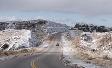 Llegaron las nevadas a la zona serrana de Córdoba