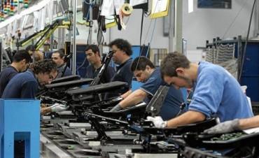 Se profundiza la crisis automotriz: 900 trabajadores suspendidos en Córdoba