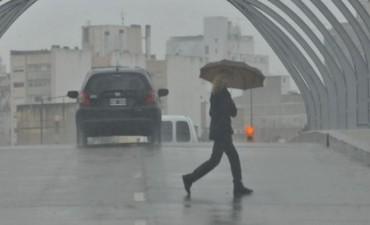 Llovió en Córdoba y en la madrugada en las sierras, pronostican que vuelve el frío