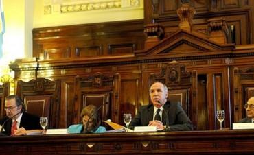 La Corte Suprema pide volver a la vieja práctica de subrogancias