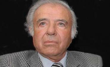 Prohíben salir del país al expresidente Menem