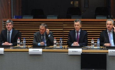 Schiaretti integra la comitiva que el presidente Macri encabeza en Bélgica