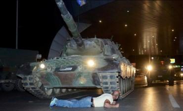 Fracasó el intento de golpe de Estado en Turquía